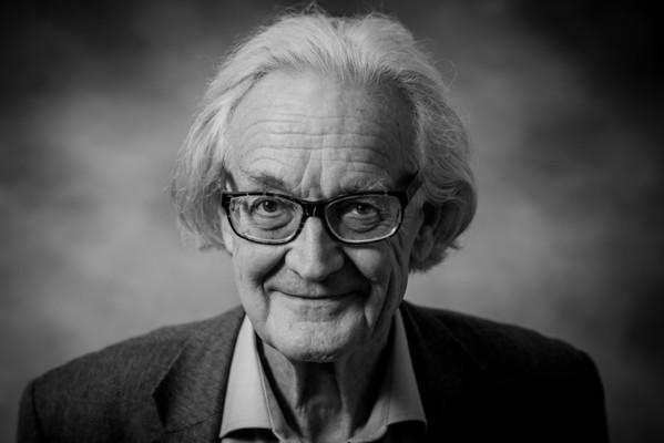 Dr. Iain Douglas-Hamilton,  DPhil, CBE