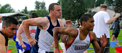 ROBIN CAMP/Lebanon Express  Evan Hull competes in some kind of sprint Friday evening.