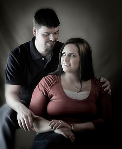 Engagement Photos by Mariana Roberts Photography of Syracuse NY in the Upstate NY Region.