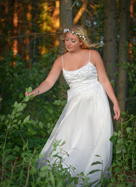 Outdoor Nature Wedding Bridal Photography and Fine Art Bridal Photography. Photography by Mariana Roberts serving Central NY and the Upstate NY Region. Artistic and Fine Art Wedding Photography by Mariana Roberts. Pictures of a Bride in the Forest. Outdoor Nature Wedding Photography. Mariana Roberts is Available for Destination Weddings in the United States. Wedding Photography Studio in Liverpool NY. Please call us at (315) 409-6893 to book your event or E-mail us at MarianaRobertsPhotography@gmail.com