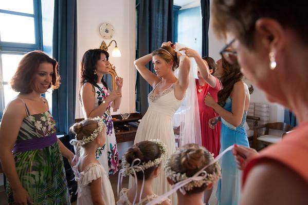 L&F, bride preparation