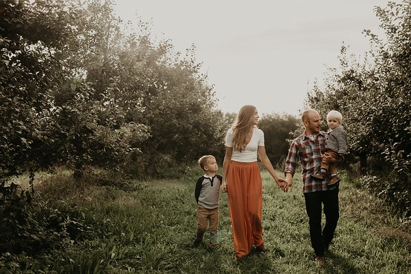 View More: http://mannandwifephotography.pass.us/freeman-family-session