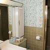 Bathroom 1_004