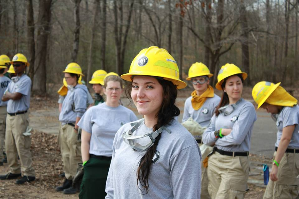 AmeriCorps NCCC member Emily Sholberg, Delta 7 Fire Training. AmeriCorps NCCC. Corporation for National and Community Service Photo.