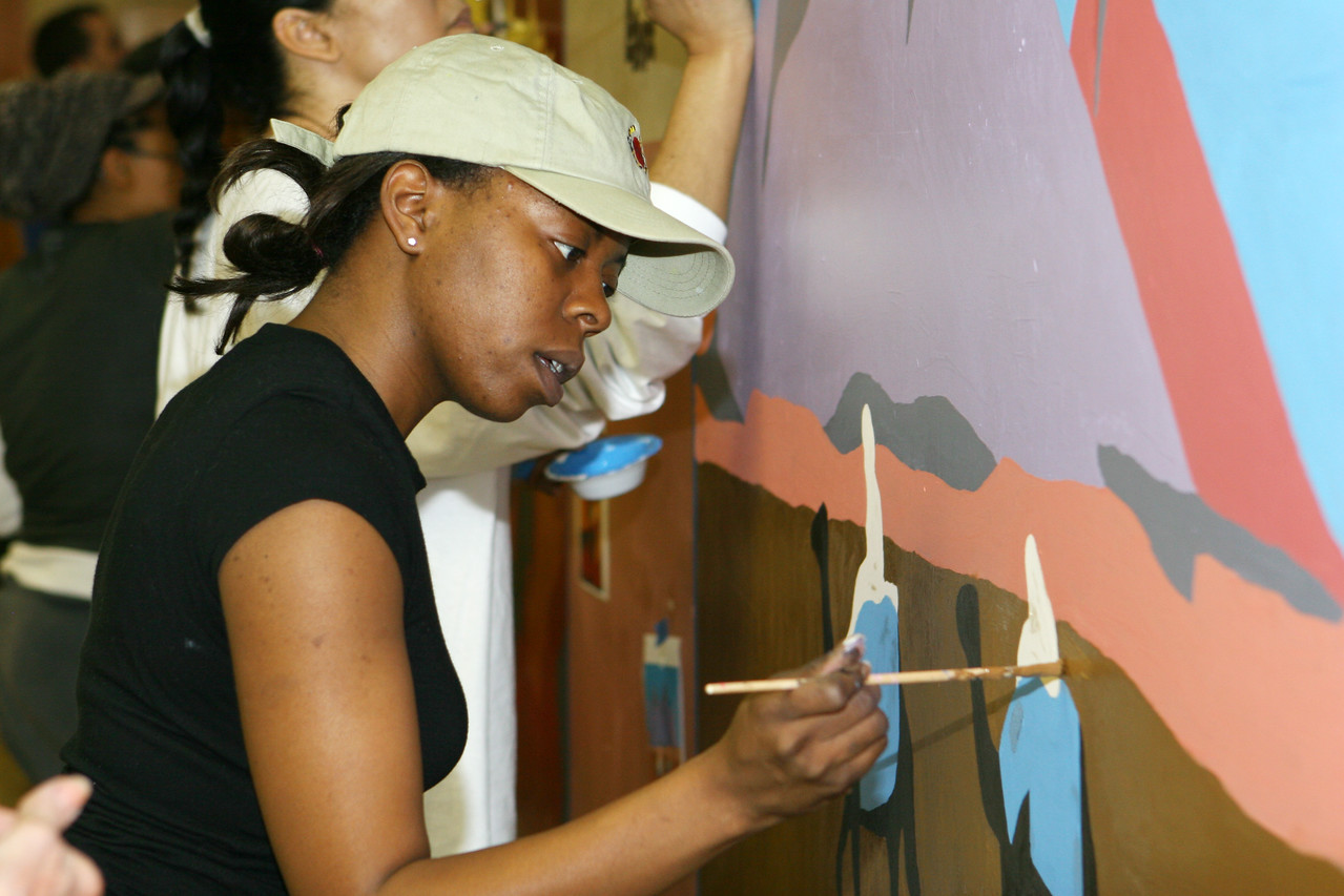 City Year Washington sponsored a King Day of Service project at Cardozo High School in Washington, D.C., wheremore than 400 volunteers participated in a painting and cleaning project at the school.  An estimated 10,000 volunteers served through more than 80 projects in and around Washington D.C.  They joined hundreds of thousands of Americans who participated in the 2007 King Day of Service, sponsored by the Corporation for National and Community Service.