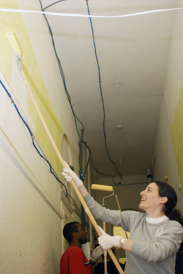 Volunteers pitched in by painting the Franklin Shelter in downtown Washington at a King Day of Service project sponsored by the DC Jewish Community Center.  An estimated 10,000 volunteers served through more than 80 projects in and around Washington D.C.  They joined hundreds of thousands of Americans who participated in the 2007 King Day of Service, sponsored by the Corporation for National and Community Service.