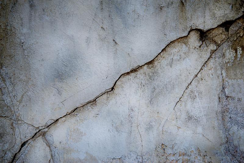 _DSC5228 Plaster Cracks