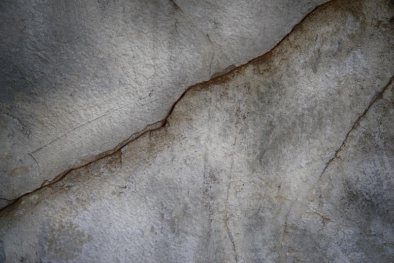_DSC5244 Plaster Cracks
