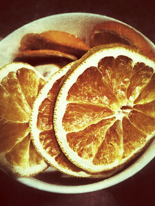 Dehydrated Orange slices are sweeter than I would have imagined.    04-22-2014