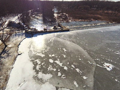 Stepping Stone Falls Clear Winter Day Aerial Photography 3