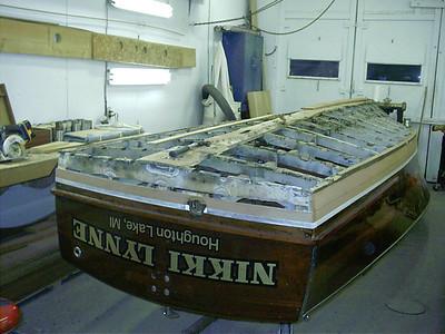 Removing bottom transom plank and rear transom frame.