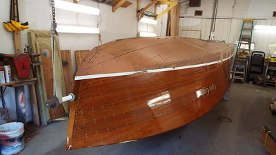 Front view of the hull up side down.