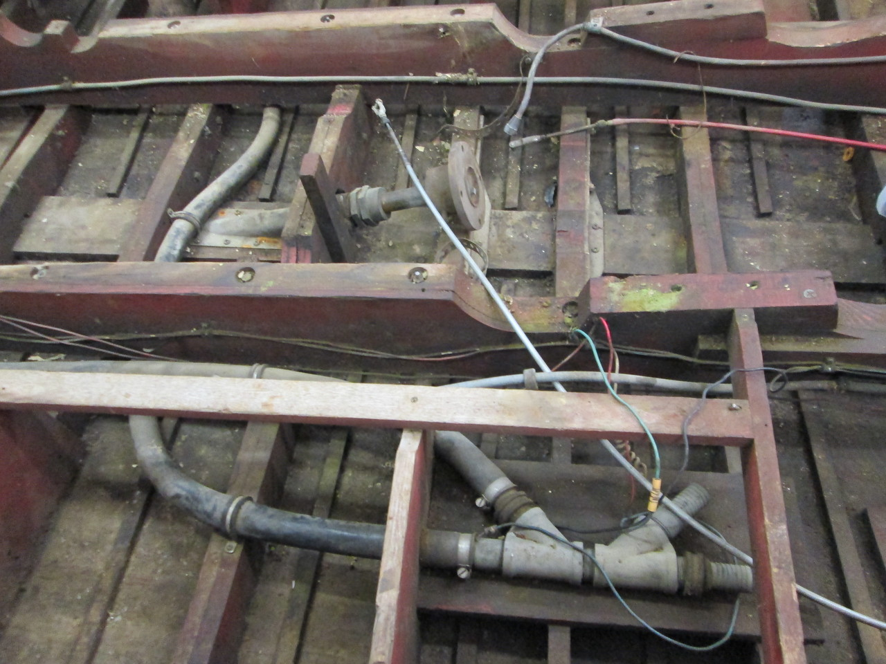 Water lines and shaft coupling and shaft log.