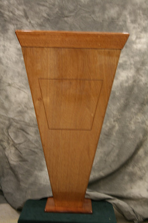 Front view of wall mounted pedestal.