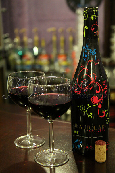 <b>Day 57—28 December 2011 <i>vin de primeur:</i> wine that is drunk the same year the grapes are picked</b>  This Beaujolais Nouveau was a gift from Wendy and Jon. I had never heard of the ritual before; so, I studied up (http://www.guardian.co.uk/lifeandstyle/2011/nov/16/beaujolais-nouveau-celebrates-60th-birthday). Huh—you learn something new every day!