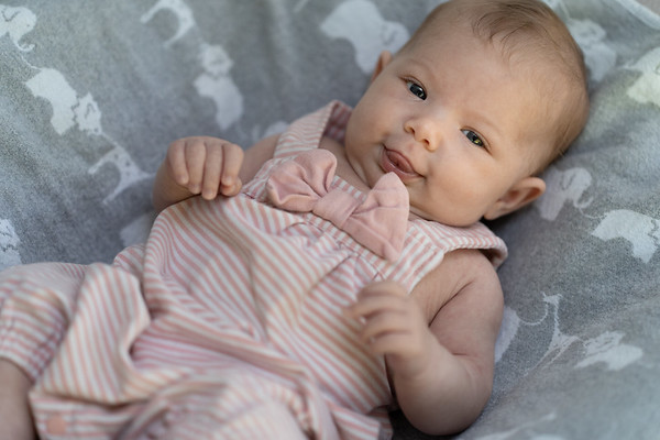 Mikayla 6-weeks 03188 by Art M Altman 2018-Aug