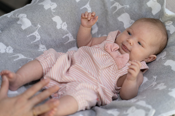 Mikayla 6-weeks 03249 by Art M Altman 2018-Aug