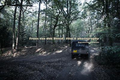 Go anywhere | LAND ROVER DEFENDER 147