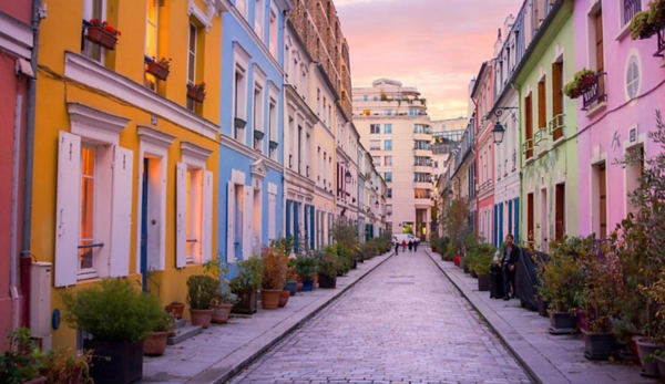 Paris - History - Instagrammers trending馃榾