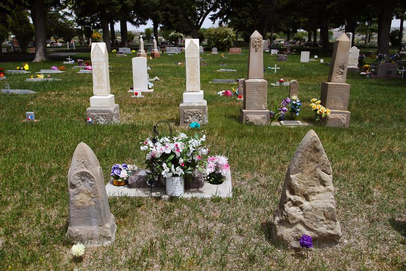 Pioneer Graves - Ferron, Utah, United States