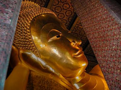 The 46 Meter Long Reclining Buddha at Wat Pho