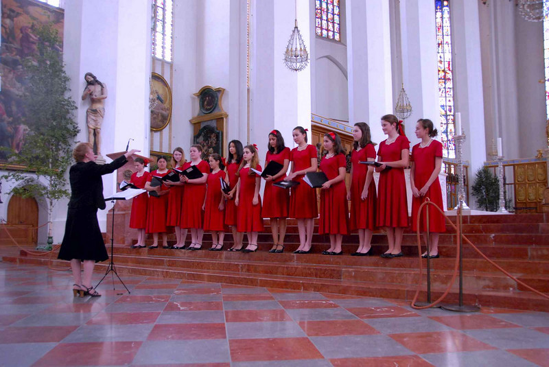First song at Frauenkirche, Munich