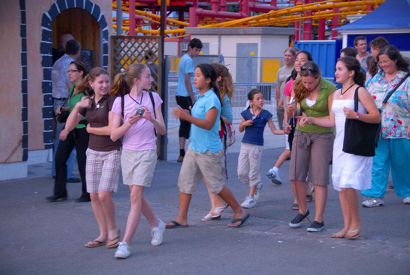 Everyone enjoyed some leisure time at the amusement park at the Prater