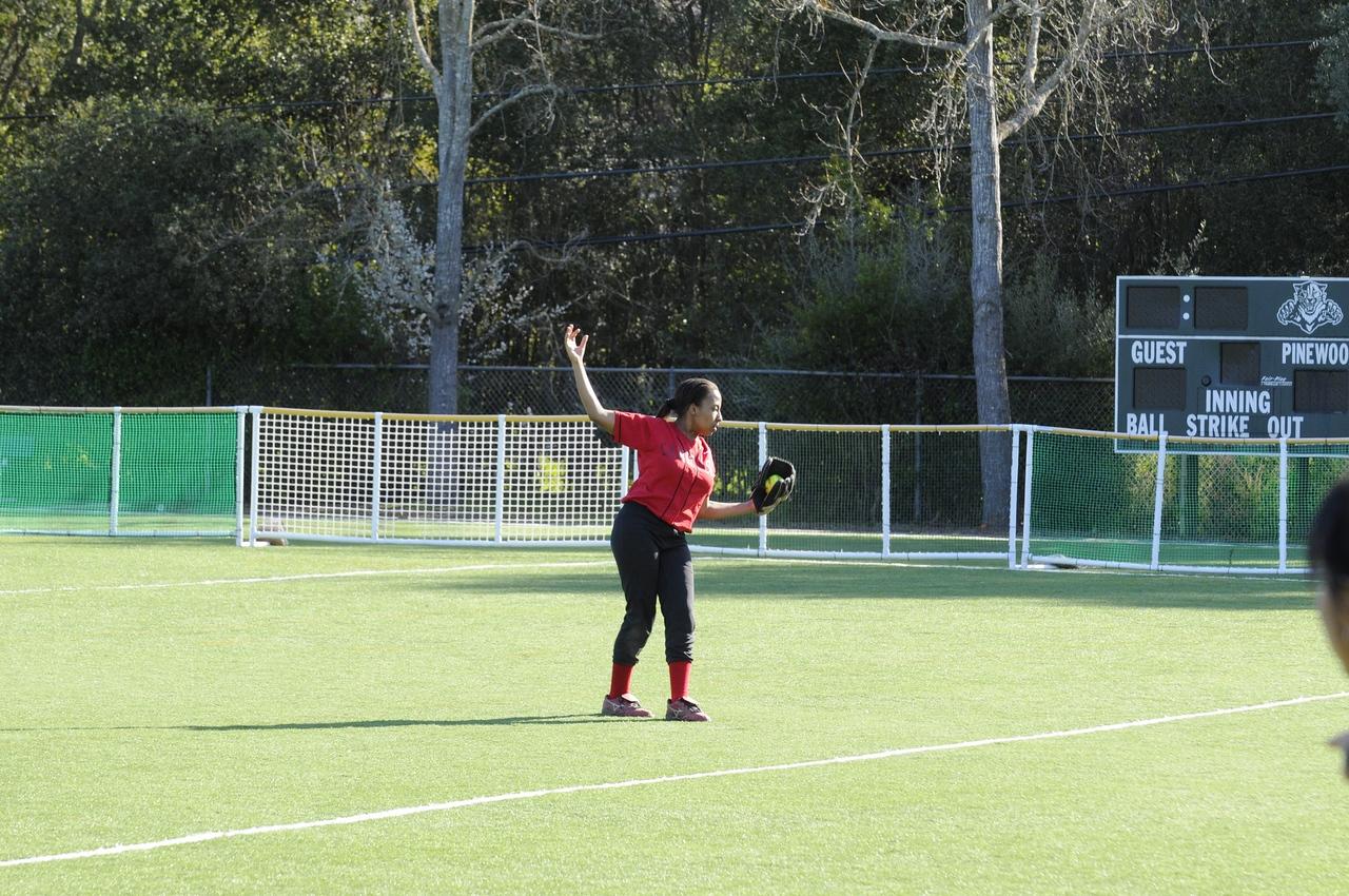 Castilleja Softball 1/ 350s, at f/6.7 || E.Comp:0 || 105mm || WB: AUTO 0. || ISO: 560 || Tone:  || Sharp:  || Camera: NIKON D300on: 2009:03:10 16:39:48