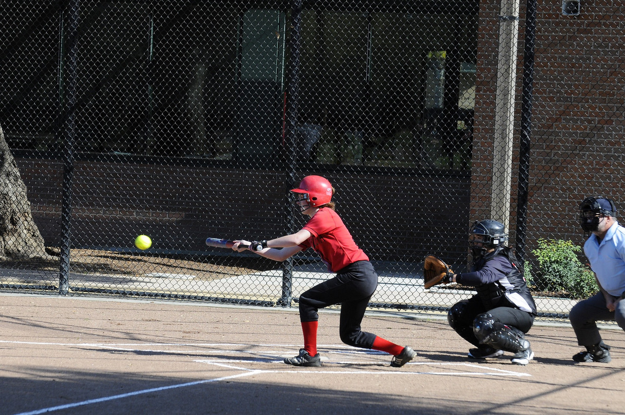 Castilleja Softball 1/ 750s, at f/6.7    E.Comp:0    130mm    WB: AUTO 0.    ISO: 560    Tone:     Sharp:     Camera: NIKON D300on: 2009:03:13 15:44:11