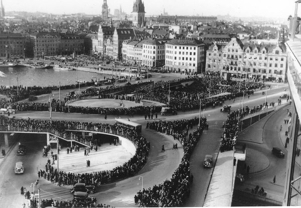 The opening of Slussen in 1935