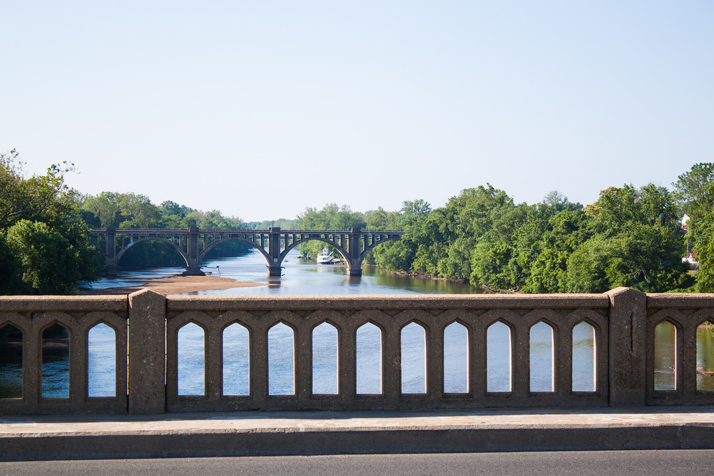 Week 22 {landscape} Rappahannock River | Quite a straightforward theme we had this week. I took a stroll downtown Saturday morning and photographed the Rappahannock from the William Street bridge.