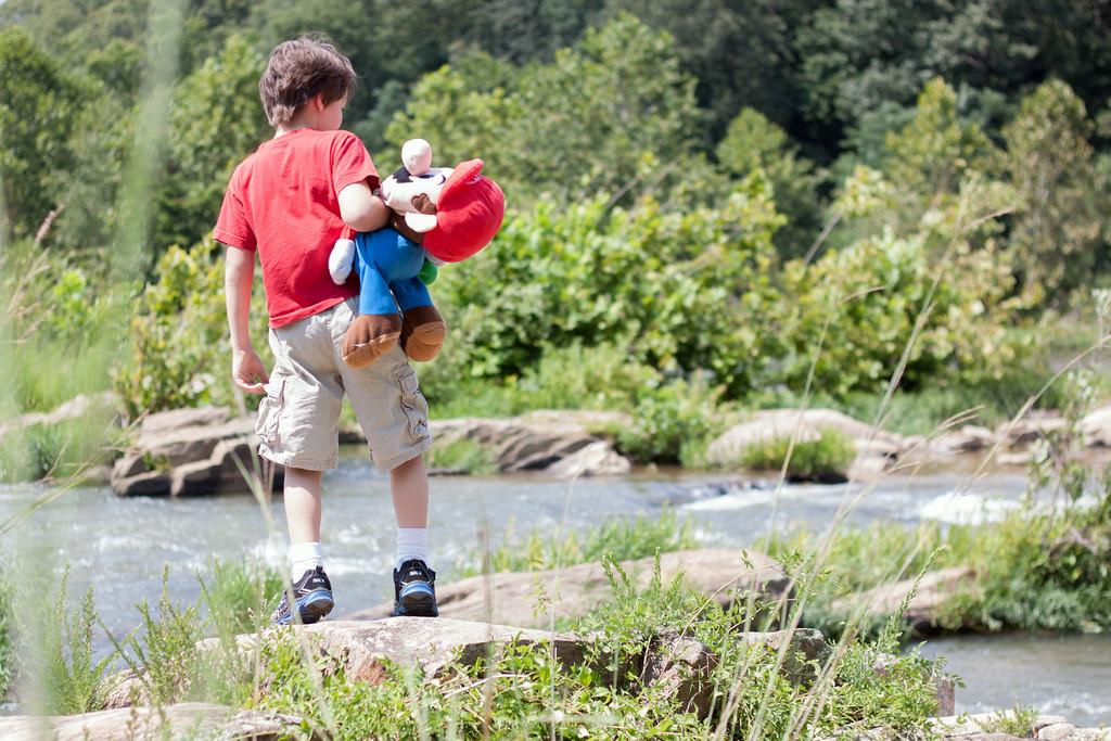 River Adventure with Mario