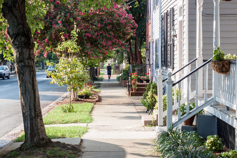 Week 34 {Street Photography} Caroline Avenue, Fredericksburg, Joggers