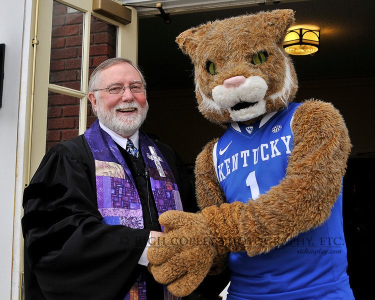 """March 4, 2012 - There were other images from today's visit to church by the UK Cheerleaders and Scratch for our annual chili lunch to watch the last UK game of the year. But I just loved this one of Woody, including the """"meeting of religions"""" subtext. (80/366)"""