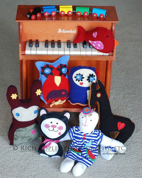 May 26, 2012 -- I have mentioned my friend Mary Lois and her Blanket Train project before. She also makes stuffed toys, and this is an ensemble of them with our toy piano given to us us by my Aunt Mary Elizabeth, a doll maker in her own right. (163/366)