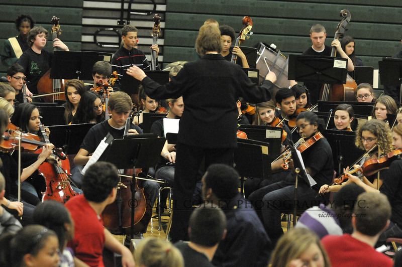 Dec. 13, 2012 - The Bryan Station music ensembles' holiday concert. (363/366)