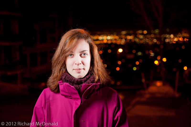 Semaine 11 - Week 11<br /> <br /> Mariane<br /> <br /> Nous sommes descendus à Québec cette fin de semaine pour participer à un évènement bien spécial.  Mariane et son chum, Raphaël, ainsi qu'une amie, Alexie, se sont sacrifiés les cheveux pour faire une levée de fonds pour Leucan.  Le soir avant l'évènement, j'ai pris les dernières photos de Mariane avec une tête pleine de cheveux.<br /> <br /> =-=-=-=-=-=-=-=-=-=-=-=-=-=-=-=-=-=-=-=-=-=-=-=-=-=-=-=-<br /> <br /> We drove down to Quebec City that weekend for a very special event.  Mariane, Raphaël and Alexie all sacrificed their hair in order to raise funds for Leucan.  The evening before the big event, I took the last photos of Mariane with a full head of hair.