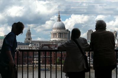Tate Modern - Balcony II