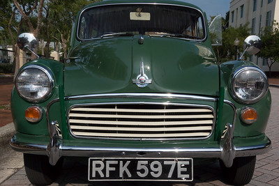 Antique Car -001  1950 Morris Minor 1000