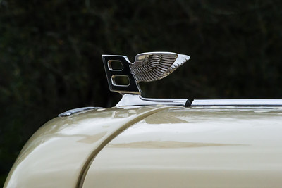 Antique Car - 017  Bentley Hood Ornament I