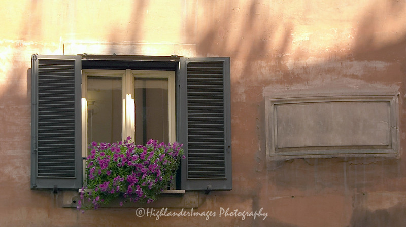 Window in Sienna, Tuscany, Italy