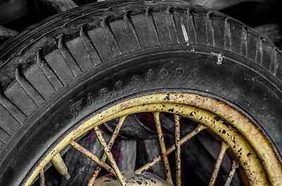 Firestone Tire (Color)