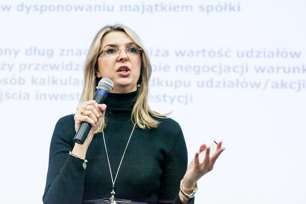 Karolina presents