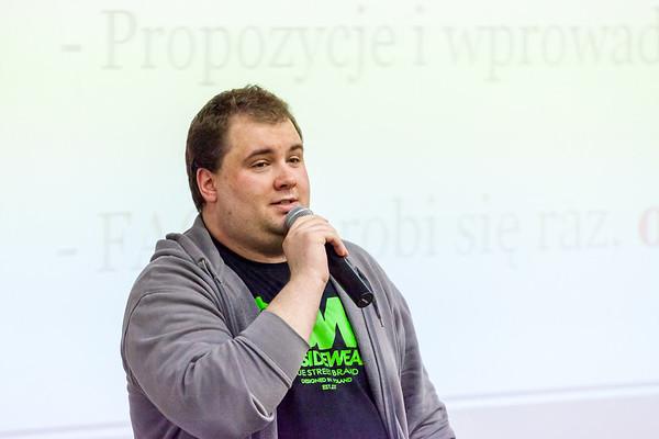 Konrad propose