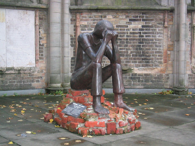 Statue at Nikolaikirche