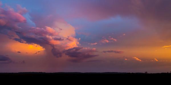 Kakadu Sunset Buildup