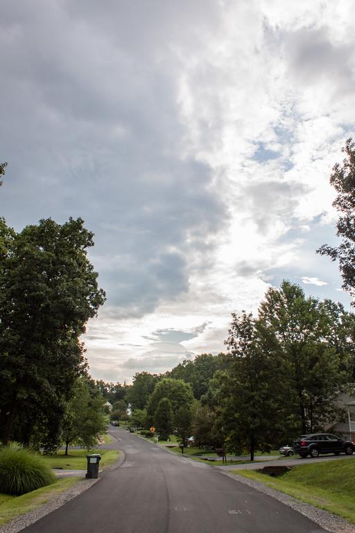 ClickinmomsHunt16: Cloud Watching