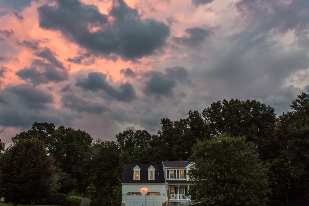 ClickinmomsHunt16: Cloudwatching