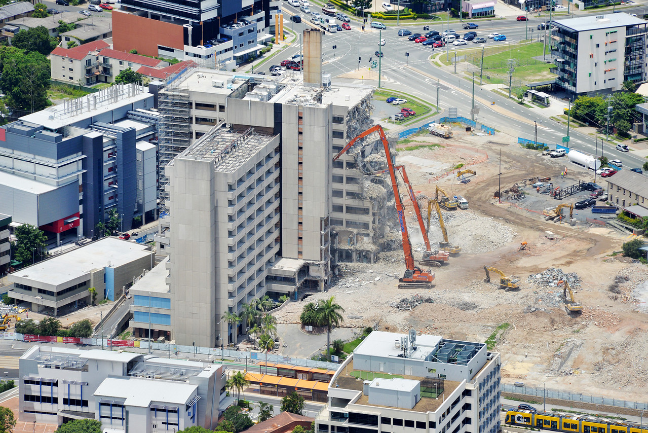 Gold Coast Hospital - ULTRA High Reach Demolition methodologies. Southport, Gold Coast Australia 2015.