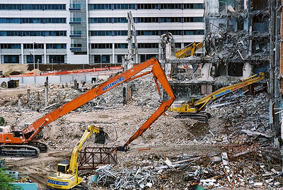 Demolition of Princess Alexander Hospital in Brisbane, utilising a number of different techniques.